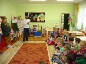 Volunteers in kindergarten